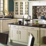 traditional fitted kitchen with island
