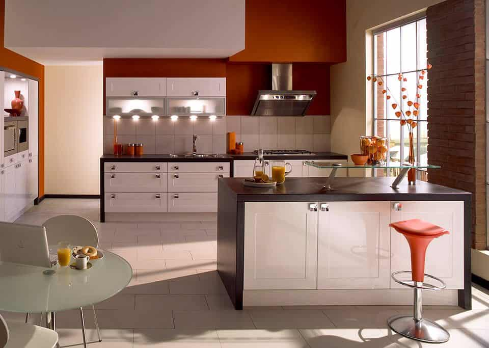 Sheraton Gloss White Shaker Kitchen